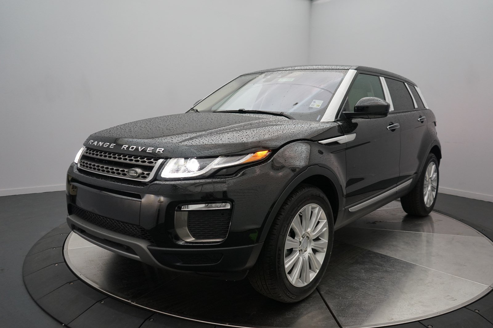 new 2017 land rover range rover evoque hse 4 door suv in. Black Bedroom Furniture Sets. Home Design Ideas