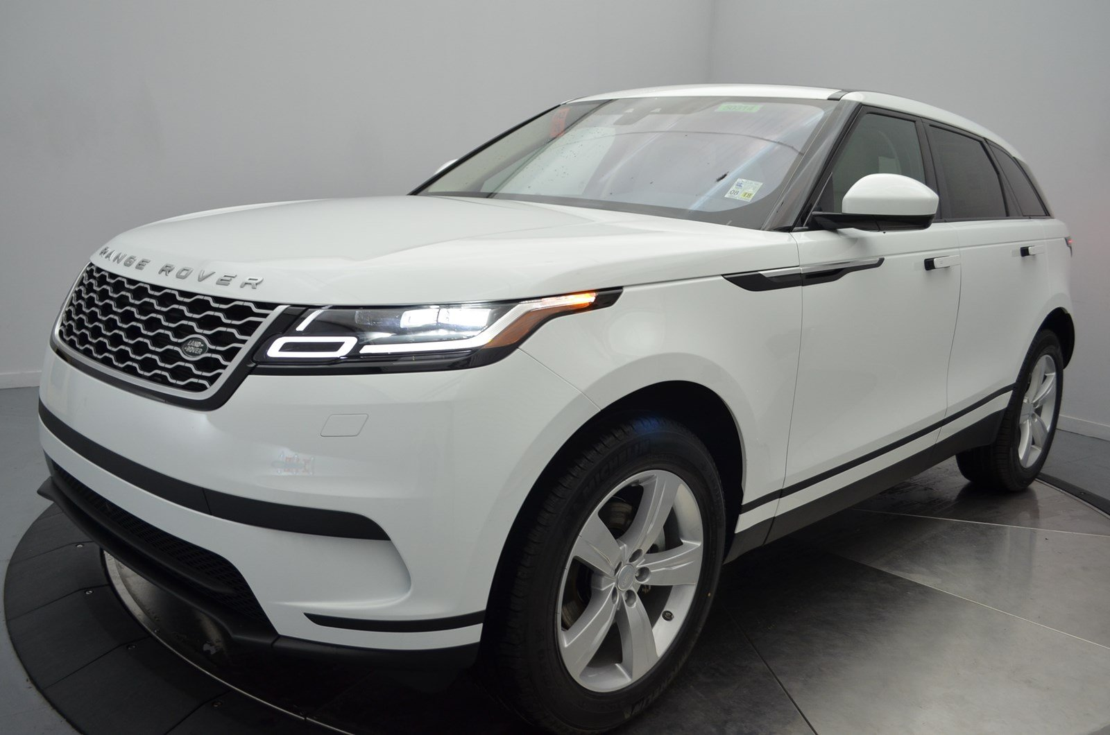 2018 land rover velar white. unique velar new 2018 land rover range velar s for land rover velar white c